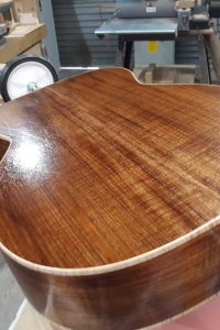 Grain filling process - Now you can see the true wood colour !!