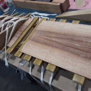 Plates in jointing jig